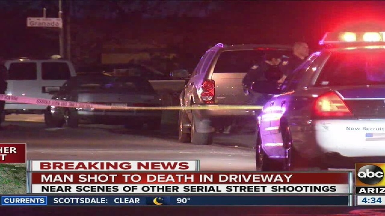 Man shot, killed in Phoenix driveway overnight