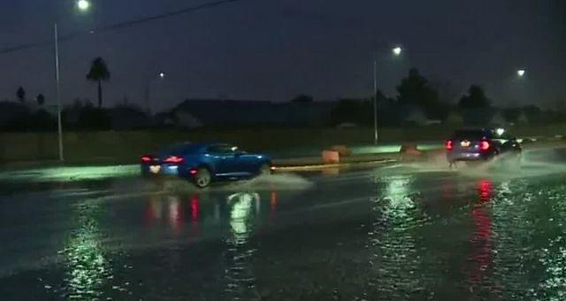 Rain causing flooding around Las Vegas valley