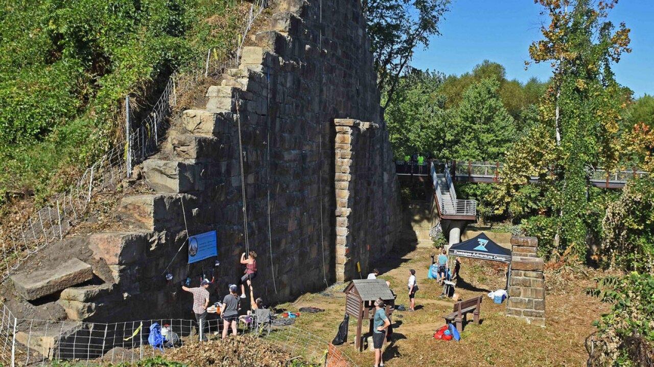 manchester-wall-2.jpg