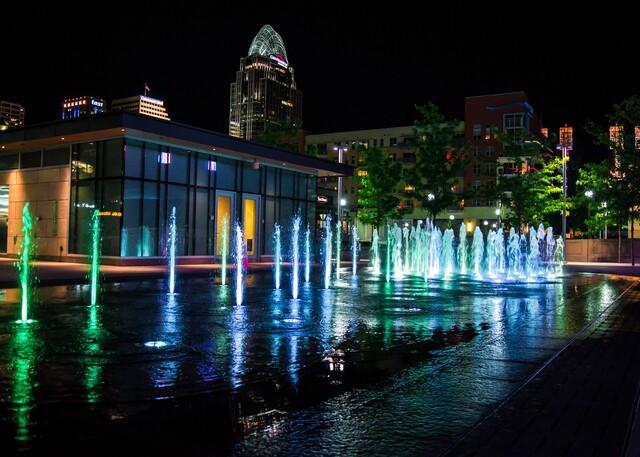 Cincygram: Smale Riverfront Park after dark -- a kaleidoscope of color