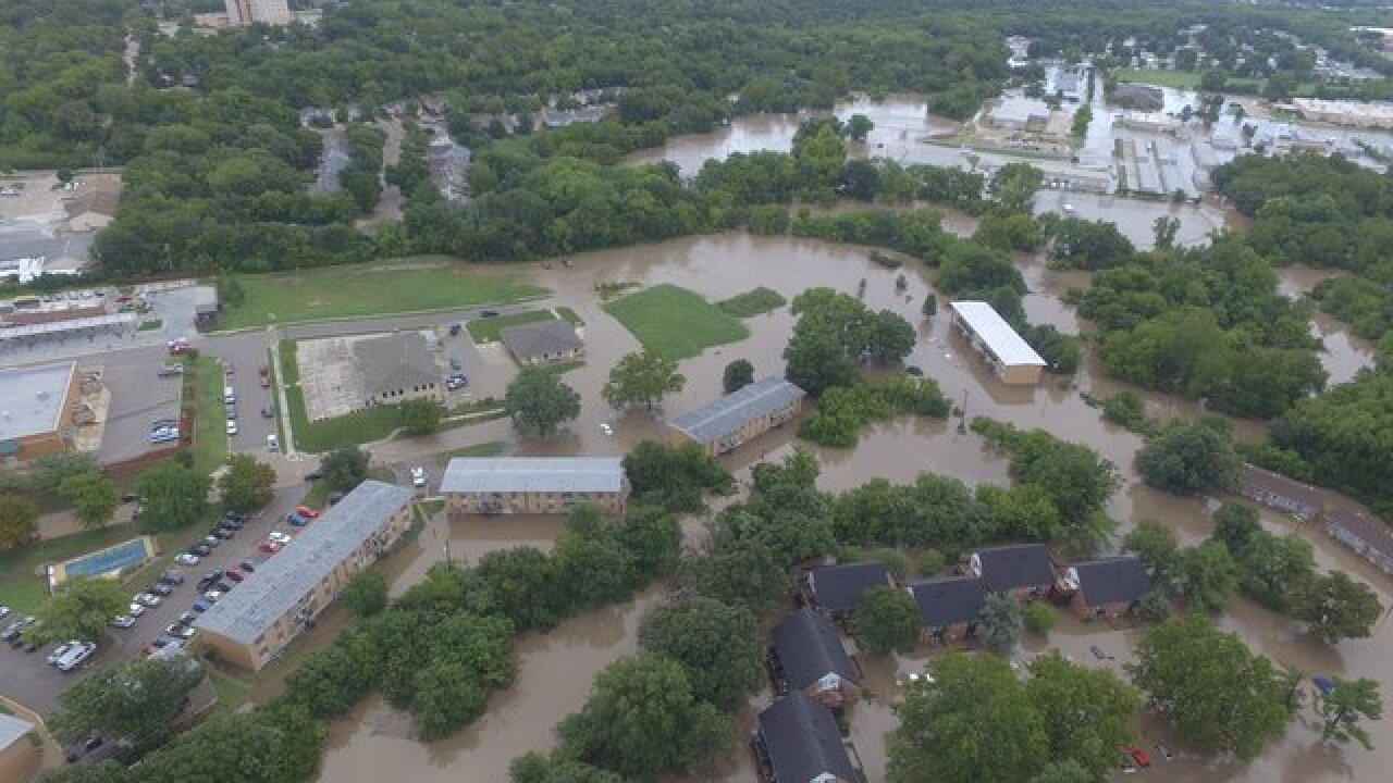 Hundreds displaced in Riley Co., KS flooding