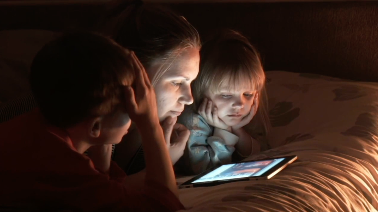 How to unplug: Too much screen time can have detrimental effect on kids' health