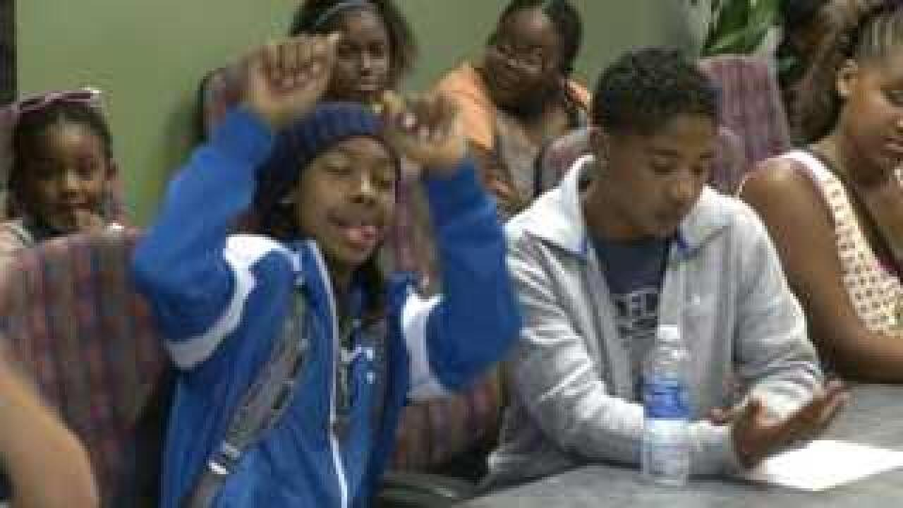 Mindless Behavior greets fans in Richmond