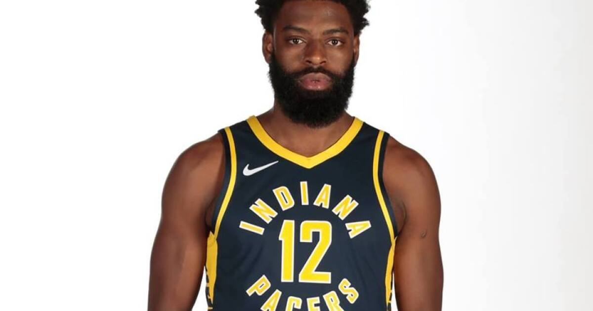 NBA bans Pacer Guard Tyreke Evans