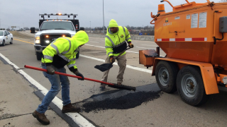 KYTC_pothole_repair.png