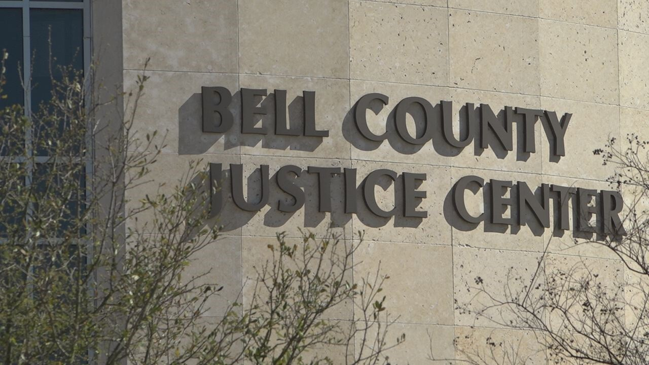 Killeen city council member loses in court.