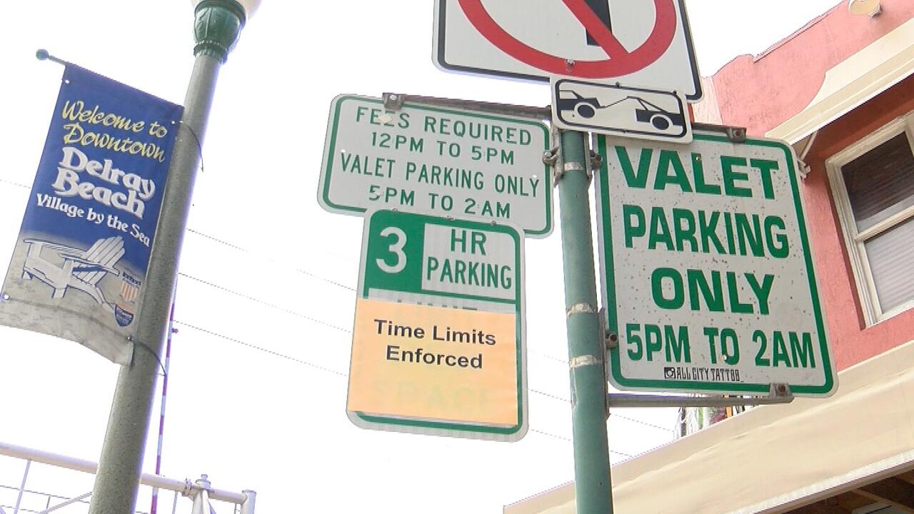 Delray Beach valet parking sign