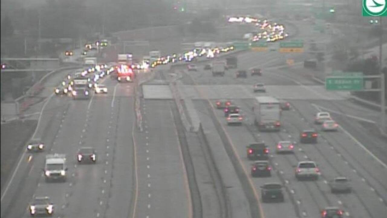 Traffic Alert: Crash on I-90 westbound at E  185th Street