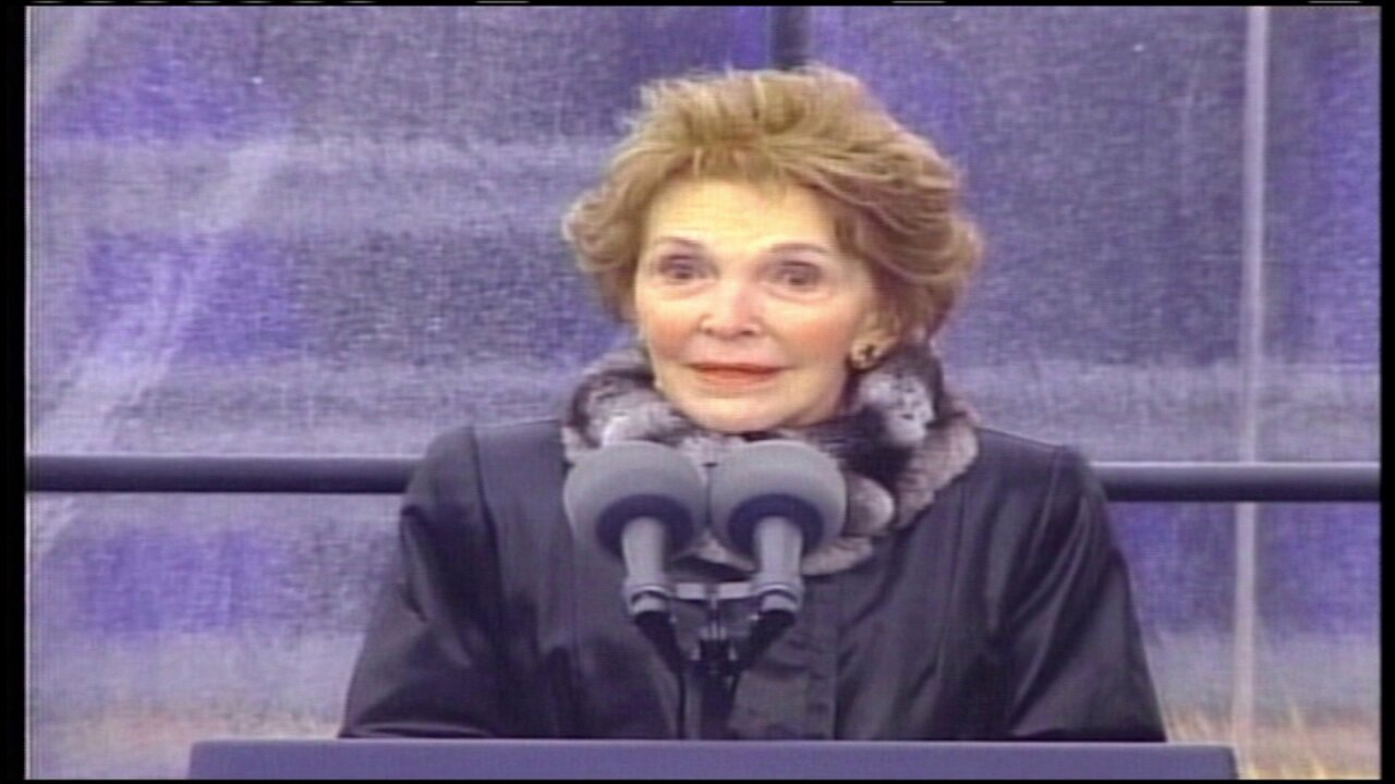 Glancing back at Nancy Reagan's visit to Virginia