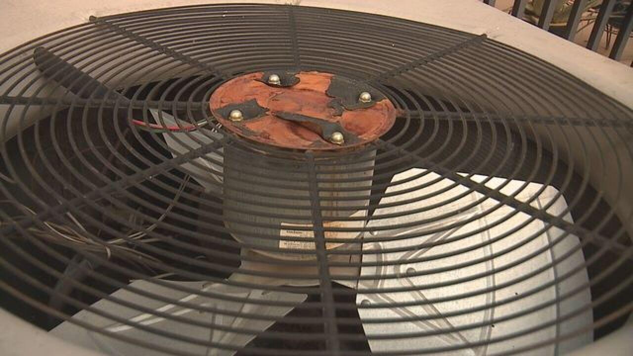 No AC? Vegas family sweats 8 days for repairs