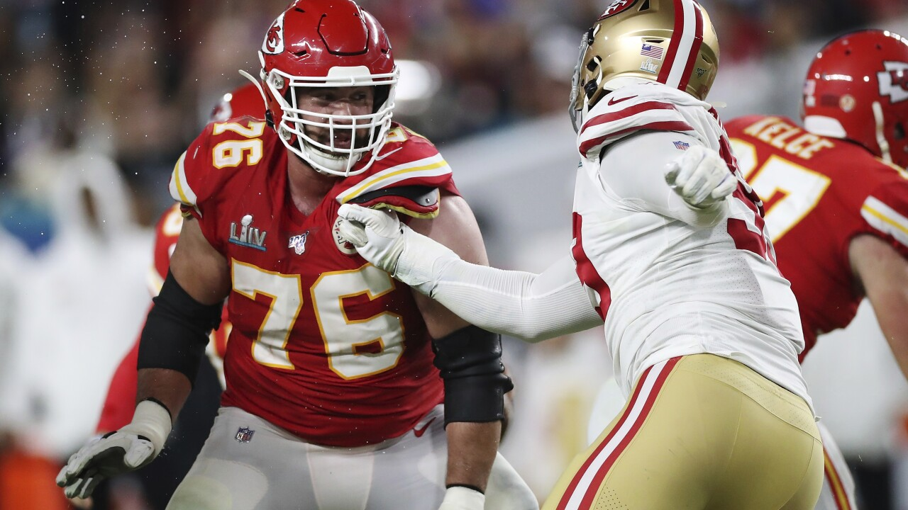 Chiefs guard turned doctor first to opt out of 2020 NFL season over coronavirus