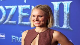 Watch Kristen Bell Sing 17 Disney Songs In 5 Minutes