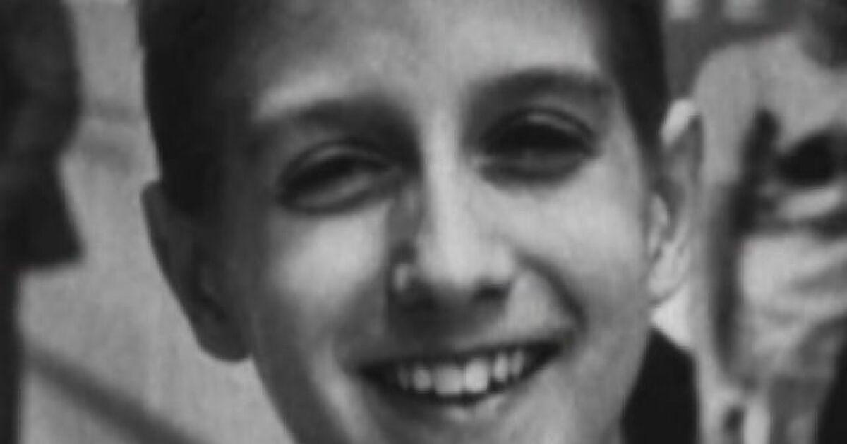 Ryan White historical marker on the way in Hamilton County