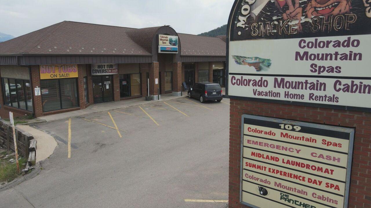 Outside Colorado Mountain Spas
