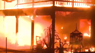 Population of California town torched by wildfire down 90%