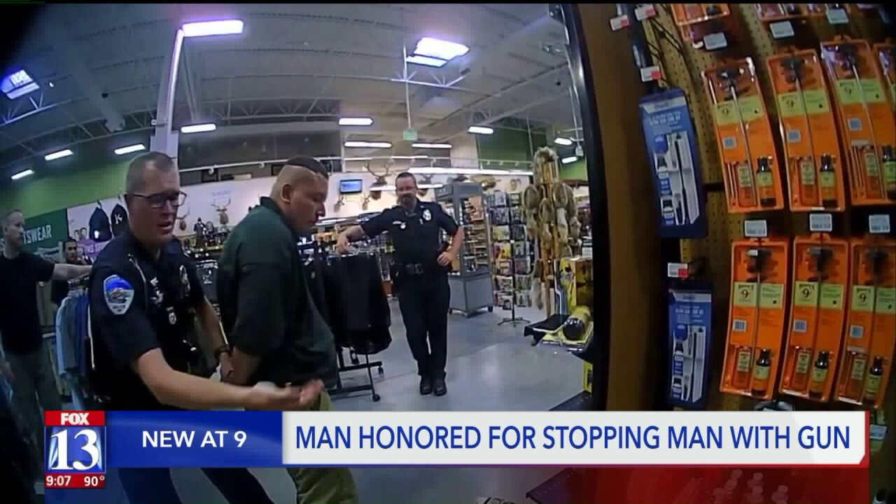 Heber residents applauded for stopping man with a gun at Sportsman's Warehouse