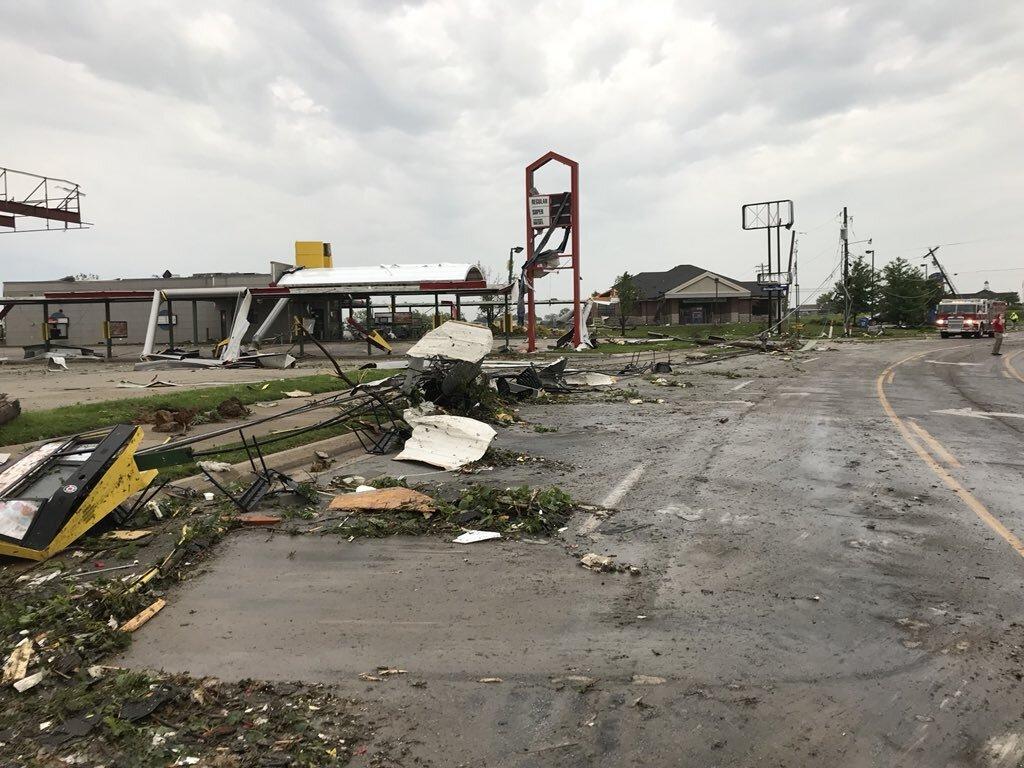 jeff city tornado jenn sullivan ksdk 1.jpg