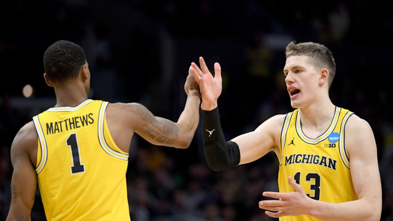 Michigan beats Loyola (Chicago) in Final Four, advances to title game