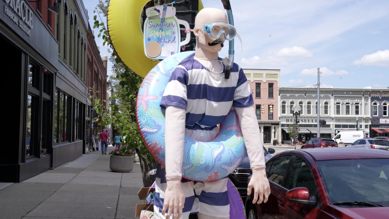 Drew the scuba mannequin
