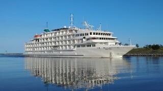 Pearl Mist #1 -Pearl Seas Cruises (1).jpg