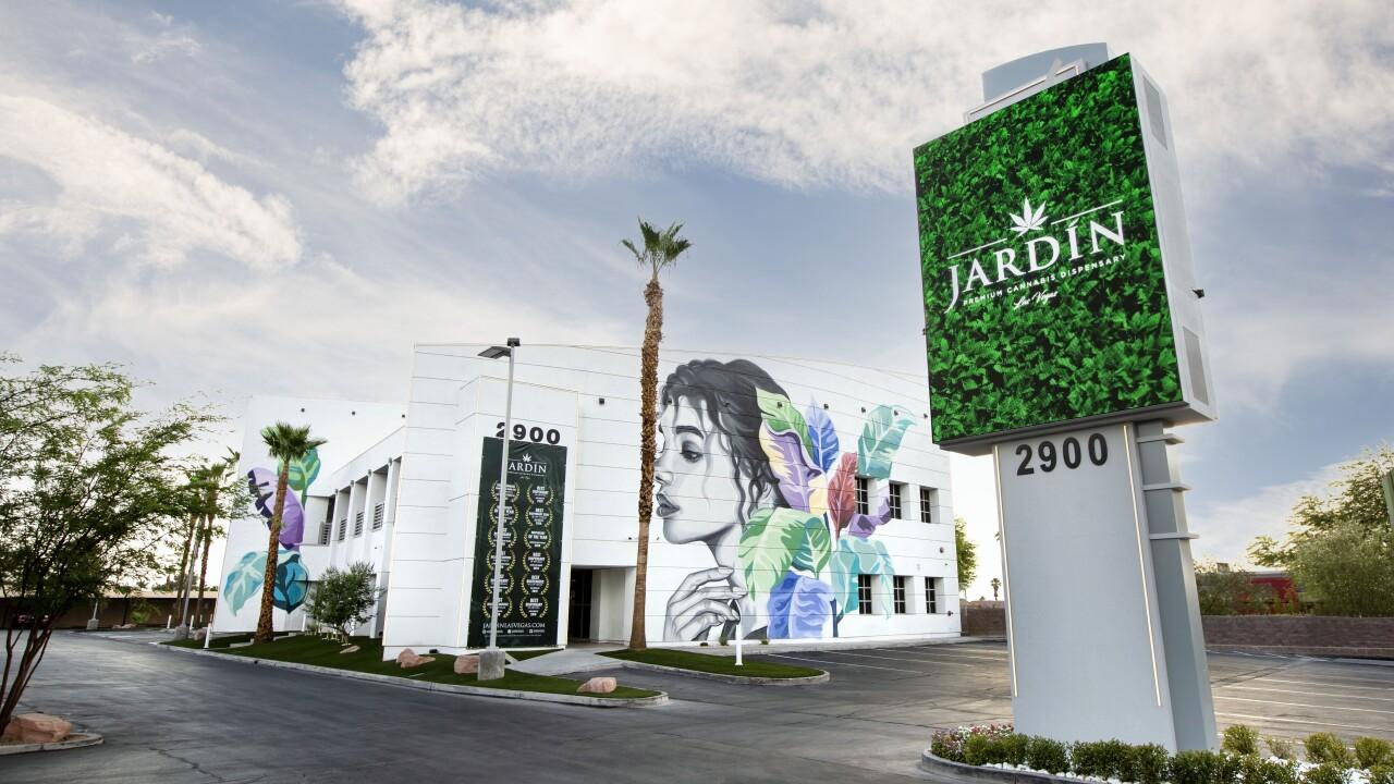 JARDIN STOREFRONT