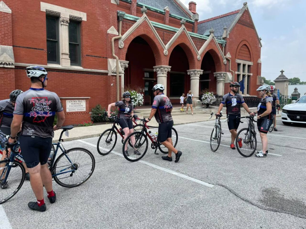 cops cycling 1.jpg