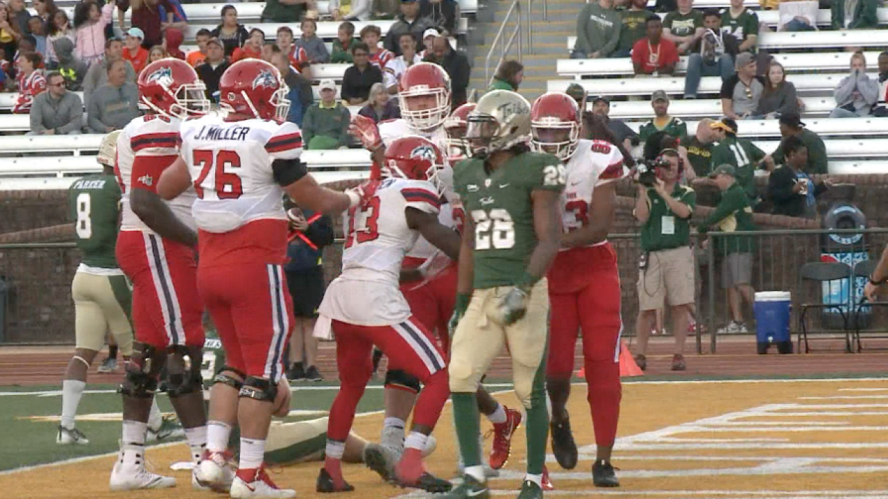 William & Mary falls in to Stony Brook 21-18 in CAA opener