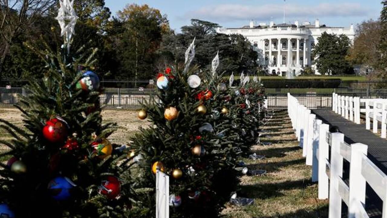 Petersburg school making ornaments for 'America Celebrates'display