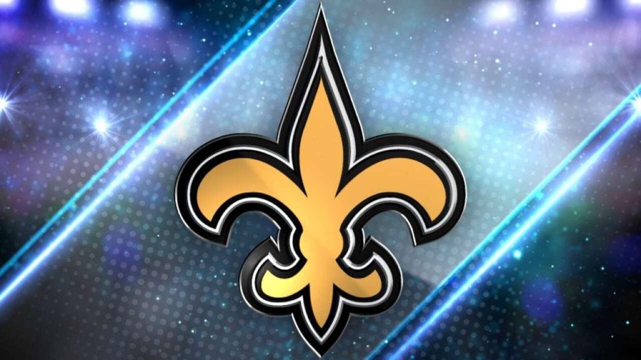 Saints extend kicker Lutz