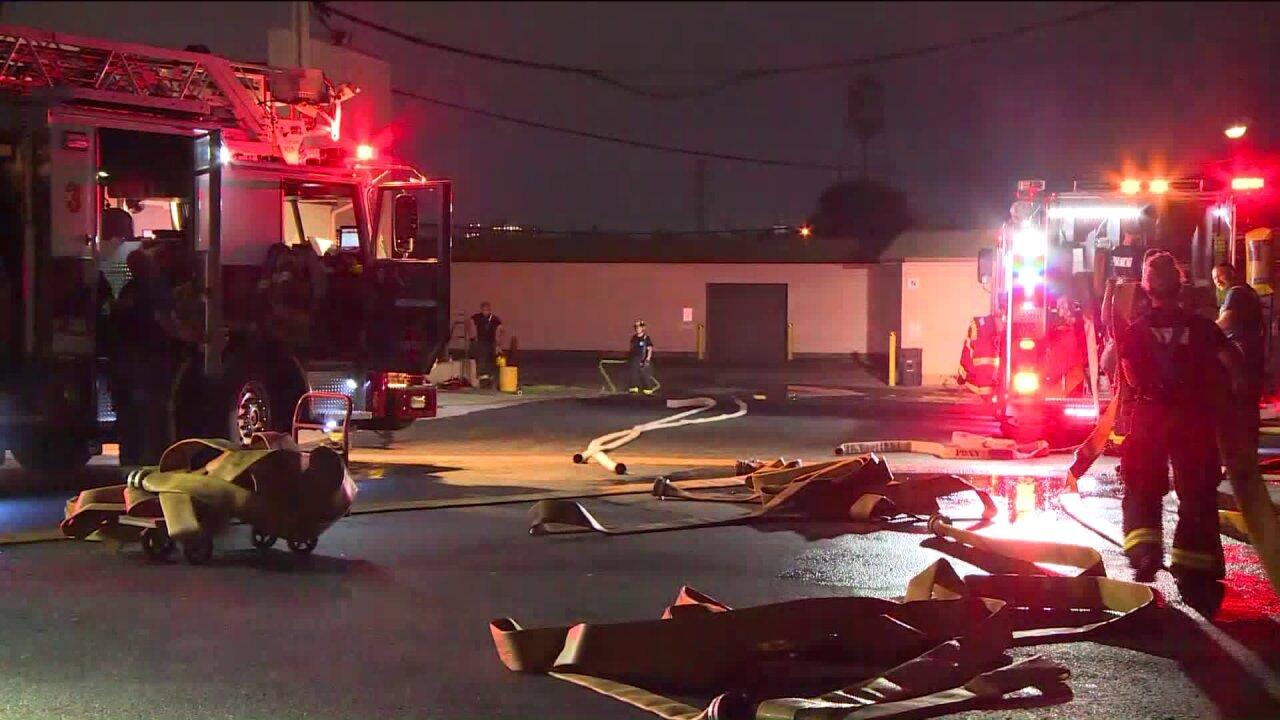 Crews battle fire at longtime Richmondbusiness