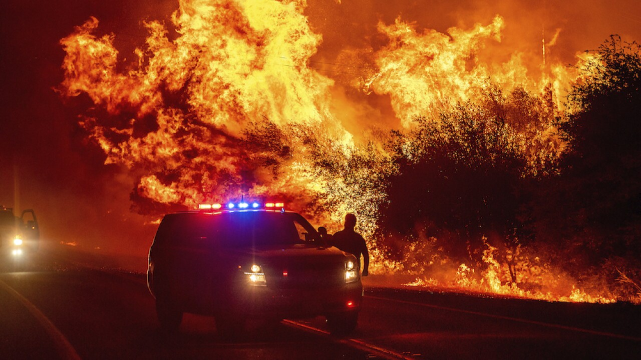 7 people killed in western wildfires; 90 fires burning across 13 states