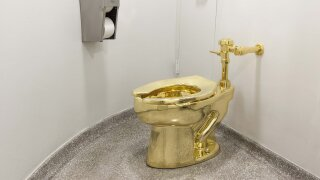 Solid gold toilet stolen from former home of Winston Churchill