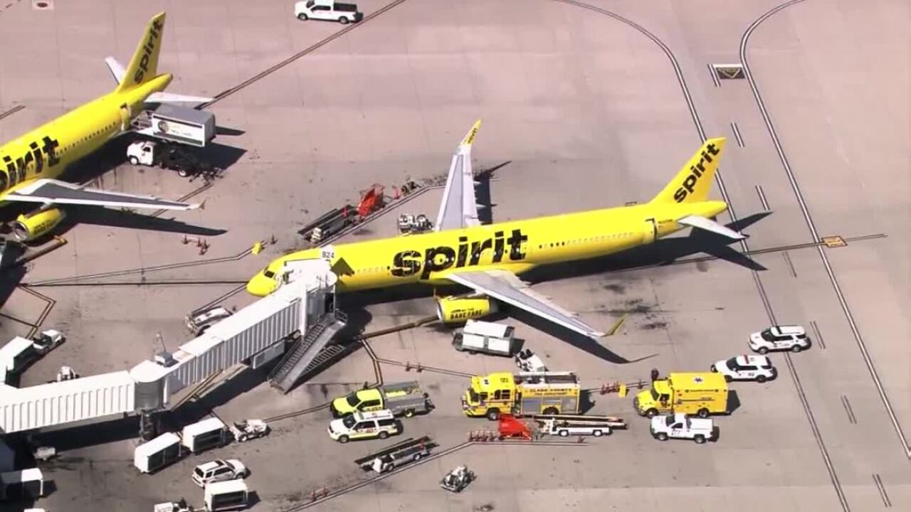 15 people sick on Spirit Airlines flight about to take off in las Vegas