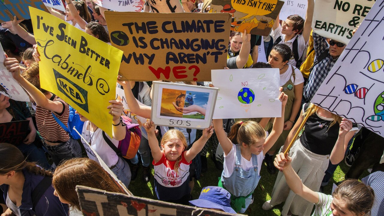 Climate strikes sweep the globe as protesters demand urgentaction