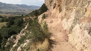 Black Bear Trail in Jeffco Open Space_Stephanie Butzer