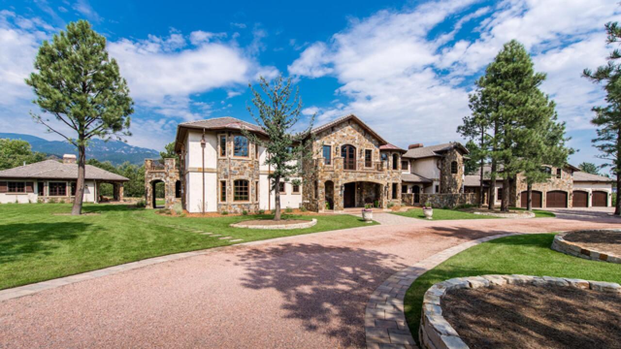 Colorado Dream Homes 8m Colo Springs Home A Stone S Throw From