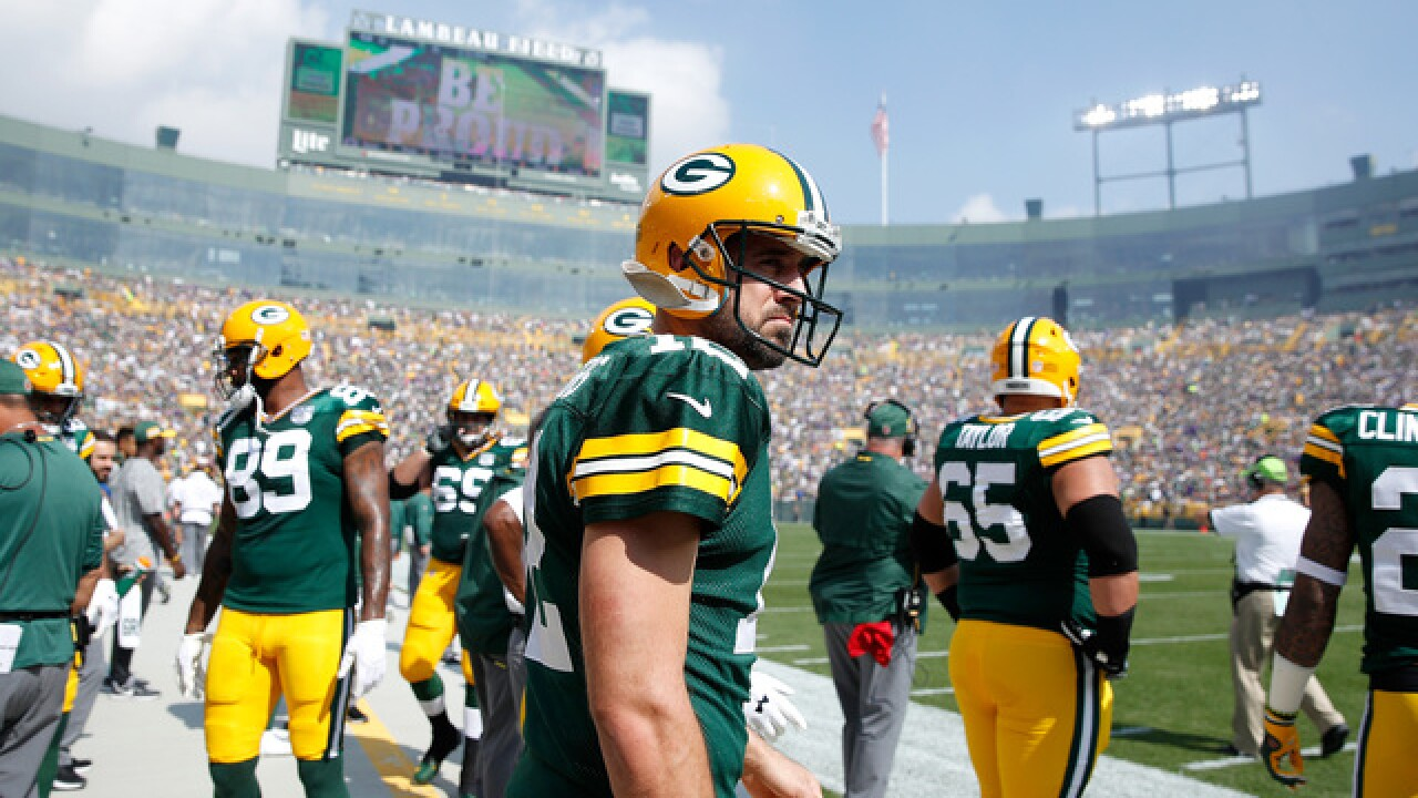 Rodgers on Matthews penalty: 'That's not roughing the passer.'