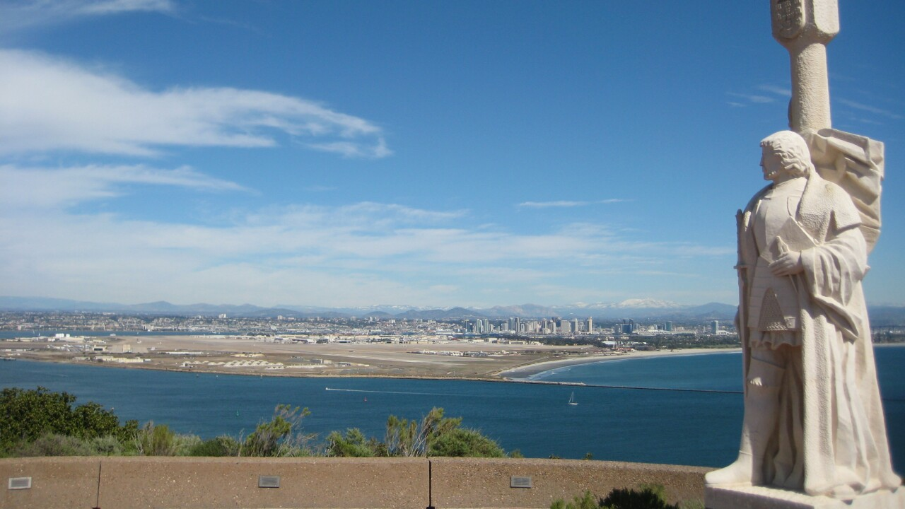 Statue_at_Cabrillo_National_Monument.jpg