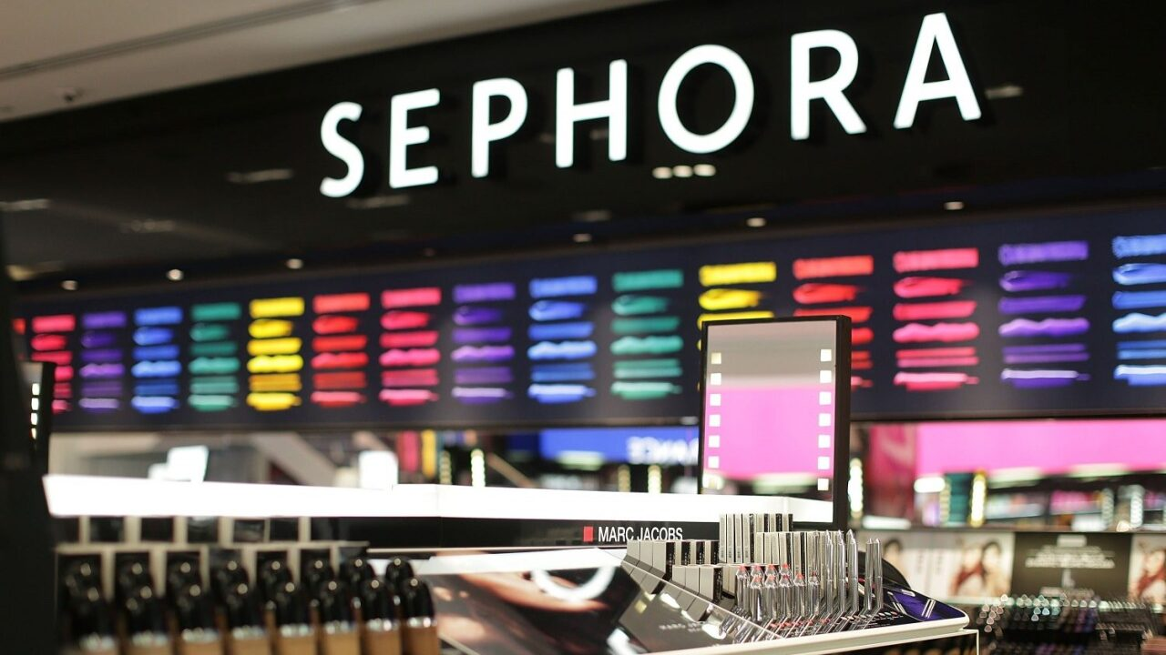 You can get a free mini beauty bundle from Sephora during your birthday month