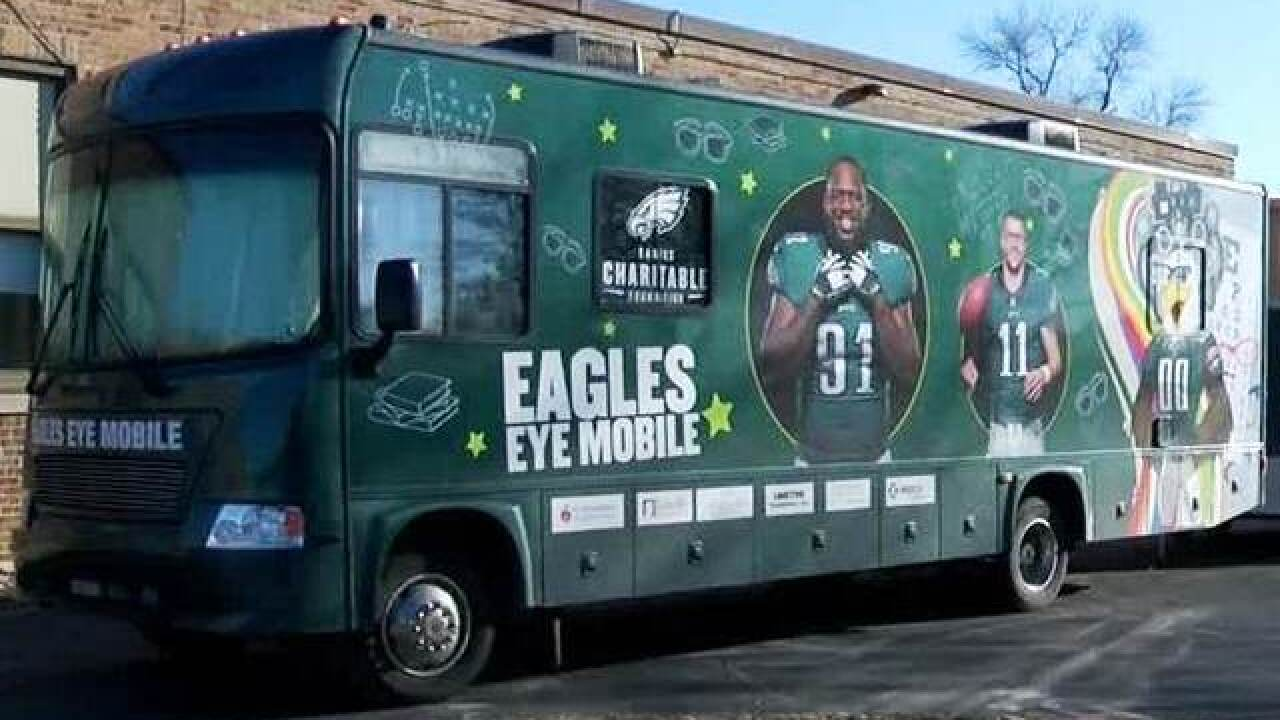 "Eagles ""Eye Mobile"" stops by Horlick High School"
