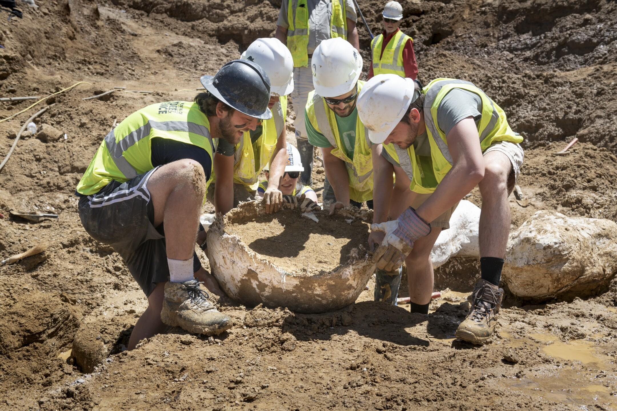 Highlands Ranch dino excavation 4