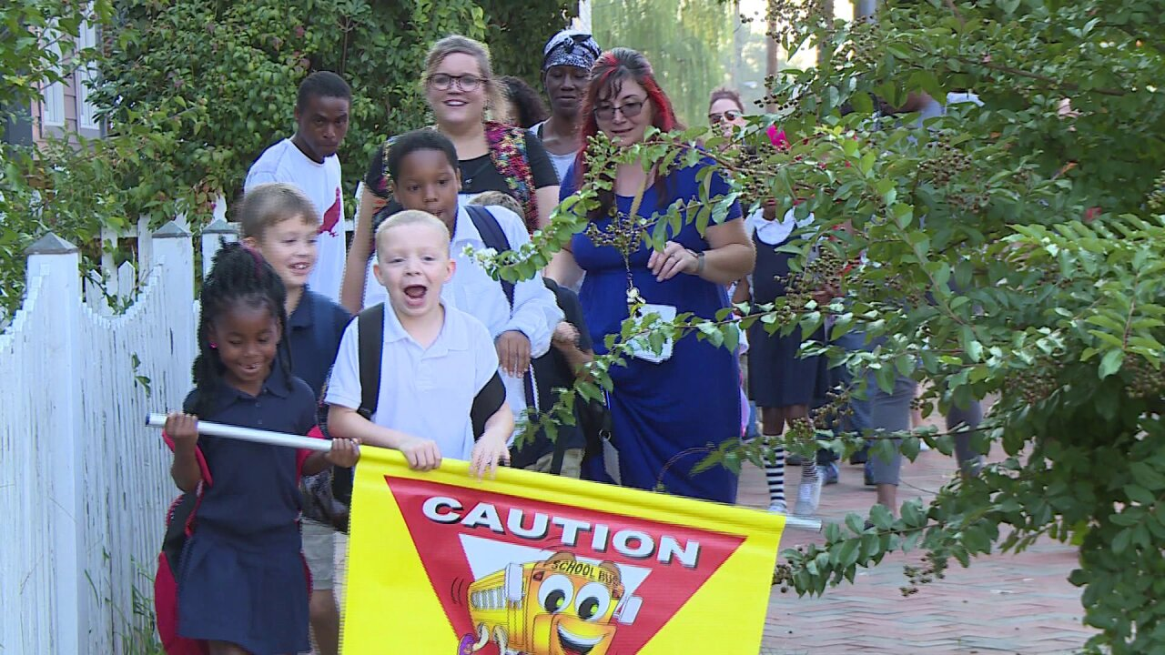 Hundreds of Richmond kids participate in International Walk to School Day
