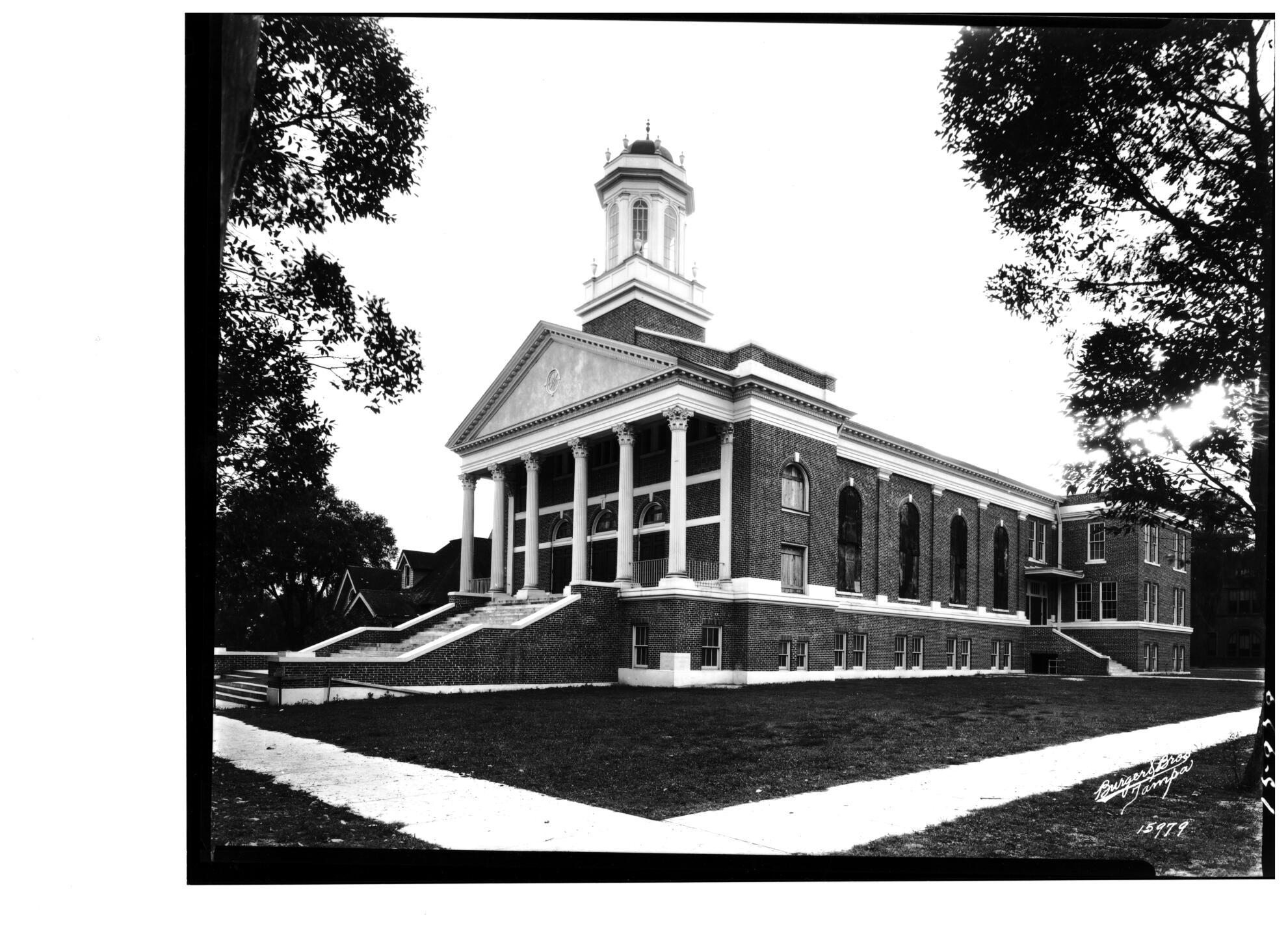 FIRST UNITED METHODIST CHURCH PLANT CITY FL.jpg