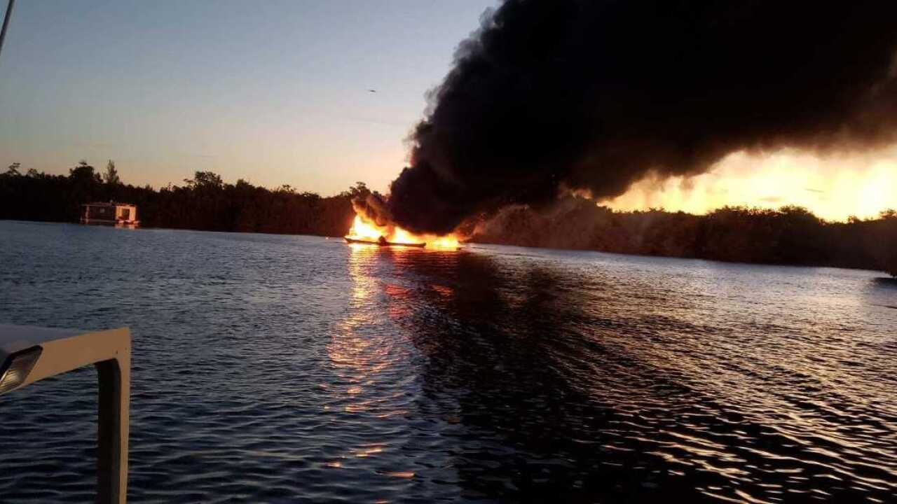 Boat fire Bokeelia 2.jpg