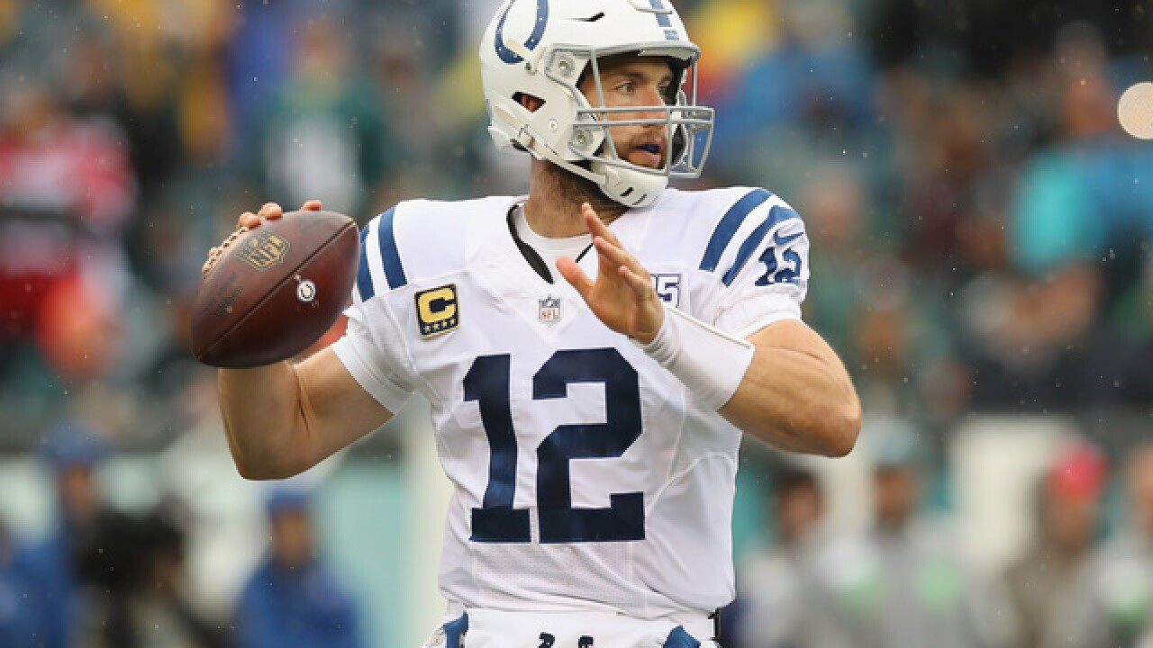 Luck's comeback season gives Colts momentum heading into bye