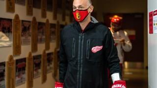 Jeff Blashill mask 2020-21 Detroit Red Wings Training Camp - Day 2