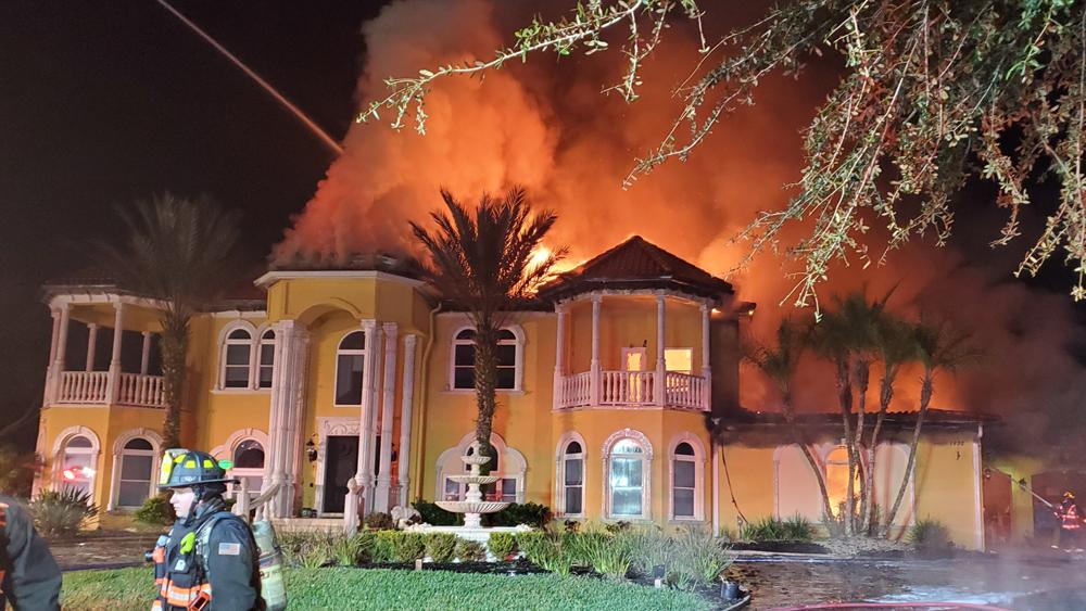 Fire destroys million-dollar home in Oldsmar, cause under investigation