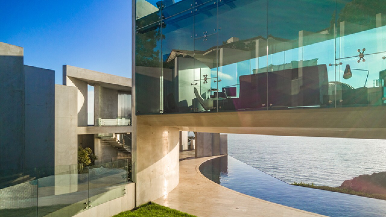 Famed 'Razor House' in La Jolla selling for $30 million