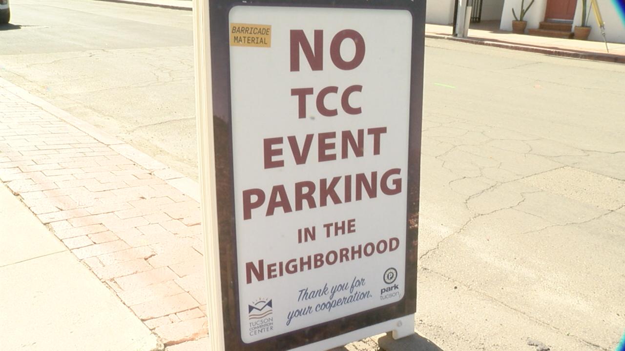 2020-01-31 Barrio Viejo TCC parking-sign2.png