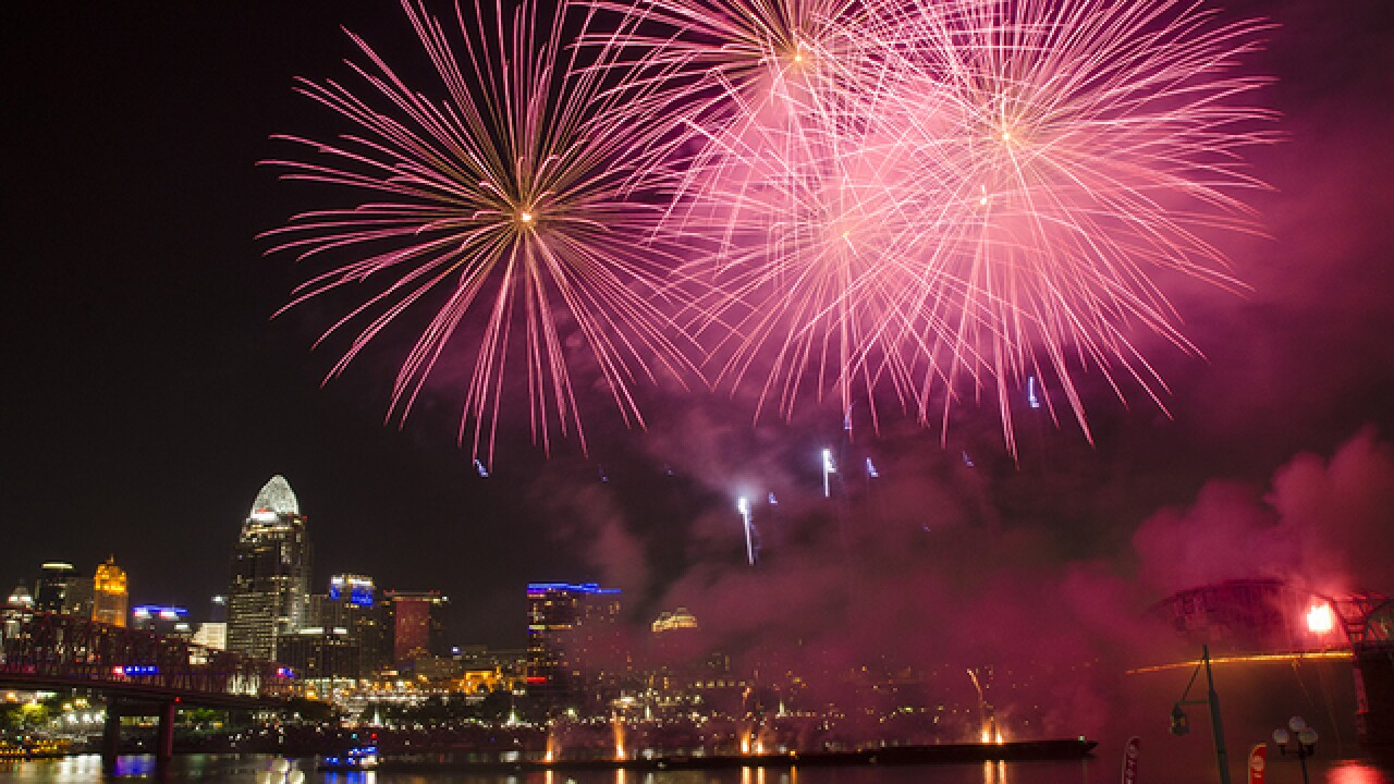 Riverfest, WEBN fireworks bring thousands to banks of Ohio River on Labor Day weekend